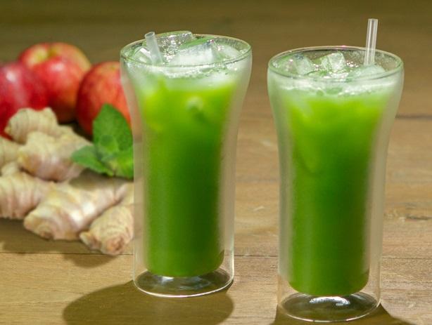 Suco detox verde com gengibre