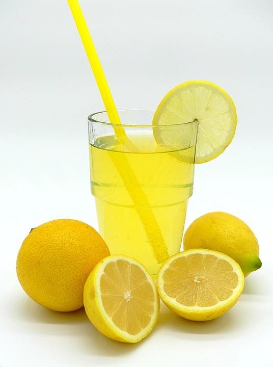 como fazer suco de limão para emagrecer